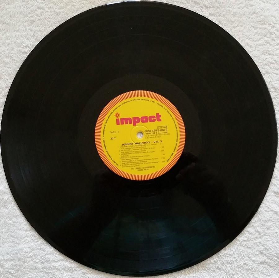 33 TOURS IMPACT ( Toute les éditions )( 1979-1985 ) 1979_054