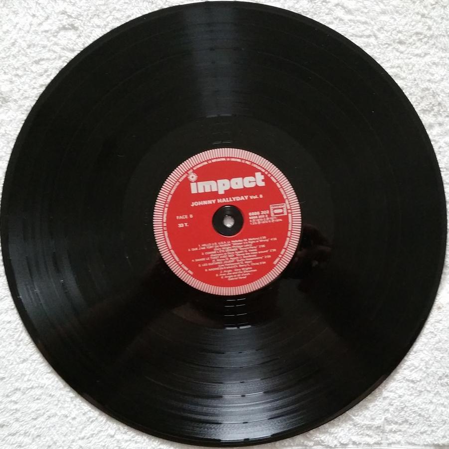33 TOURS ALBUM 2 DISQUES IMPACT ( Toute les éditions )( 1980-1983 ) 1980_c23