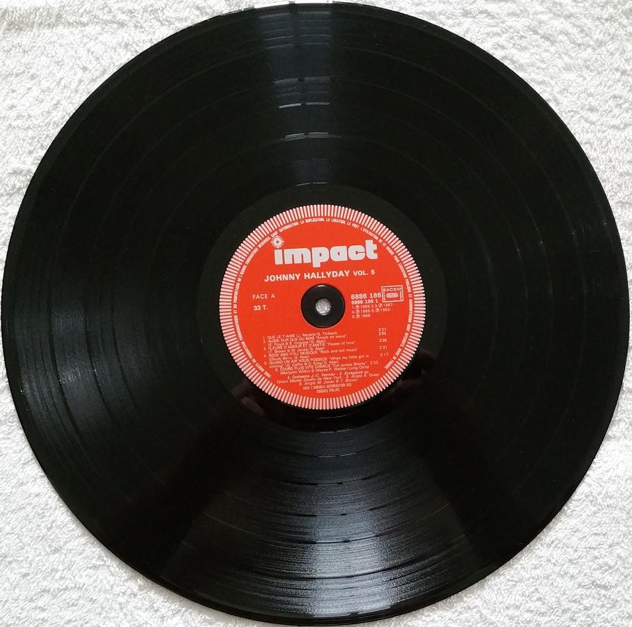 33 TOURS ALBUM 2 DISQUES IMPACT ( Toute les éditions )( 1980-1983 ) 1980_q10