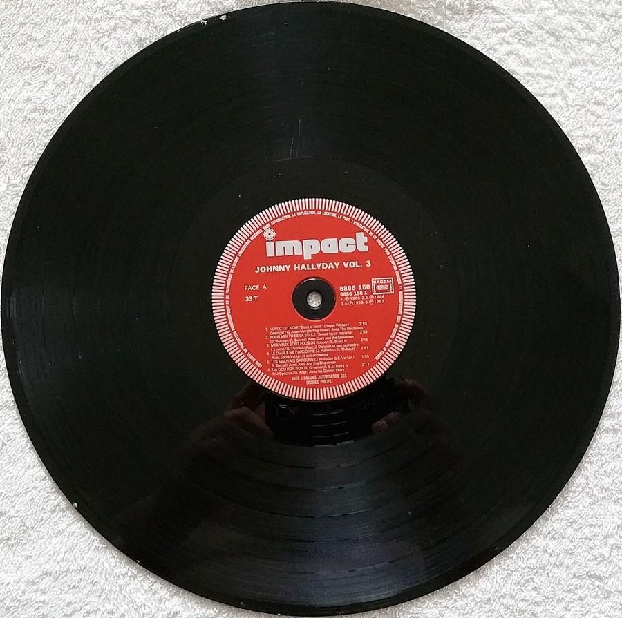 33 TOURS IMPACT ( Toute les éditions )( 1979-1985 ) 1981_060