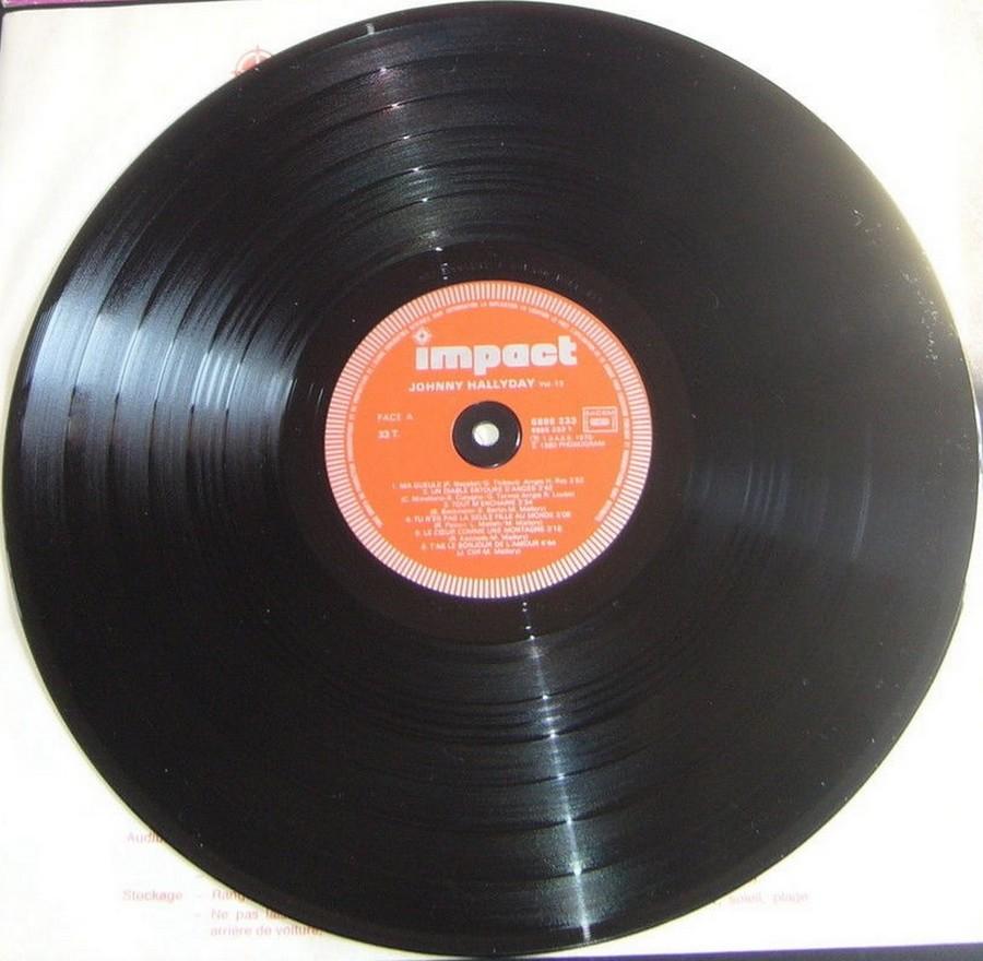 33 TOURS ALBUM 2 DISQUES IMPACT ( Toute les éditions )( 1980-1983 ) 1983_m29