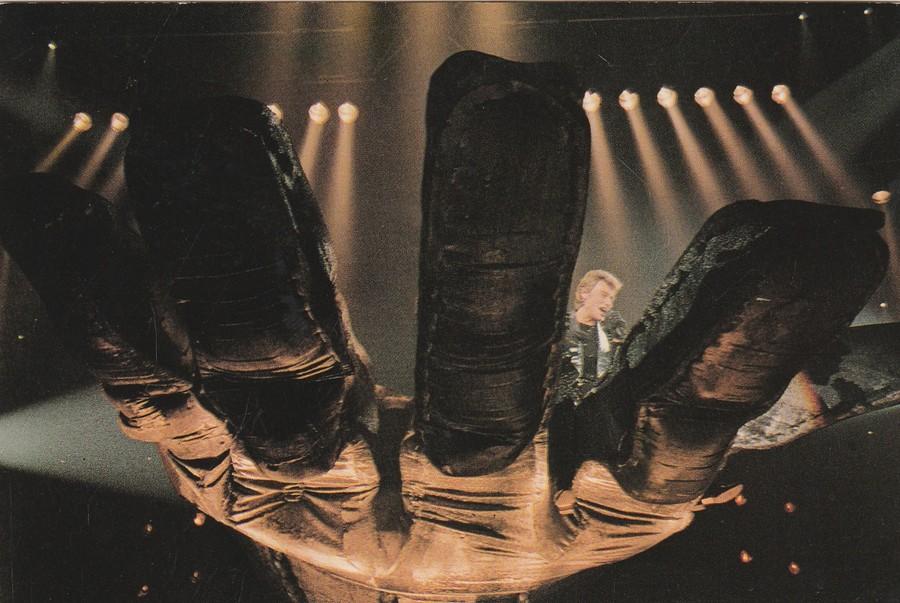 LES CONCERTS DE JOHNNY 'ZENITH 1985' ( JANVIER )( INEDIT ) 1984_z16