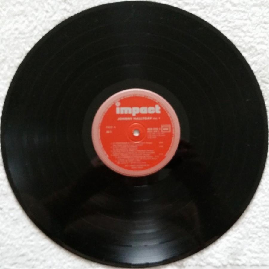 33 TOURS IMPACT ( Toute les éditions )( 1979-1985 ) 1985_010