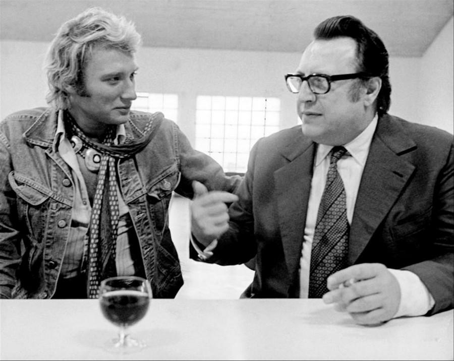 LES CONCERTS DE JOHNNY 'PRISON DE BOCHUZ, SUISSE 1974' 1zum0b10