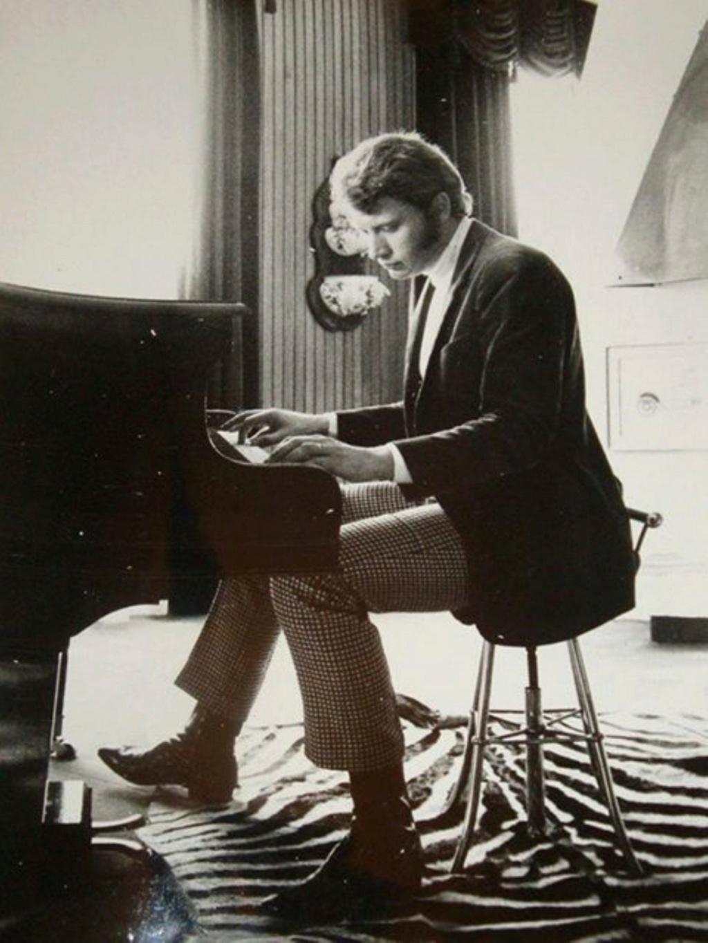 PROPRIETE OU A RESIDE JOHNNY HALLYDAY ( 3/10 ) 'NEUILLY SUR SEINE' ( 1965 ) 2111