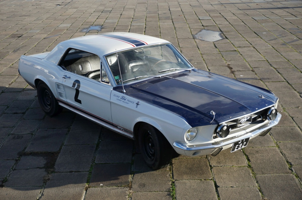 FORD MUSTANG GT 390 COUPE DE JOHNNY HALLYDAY ( 1967 ) 3980_137
