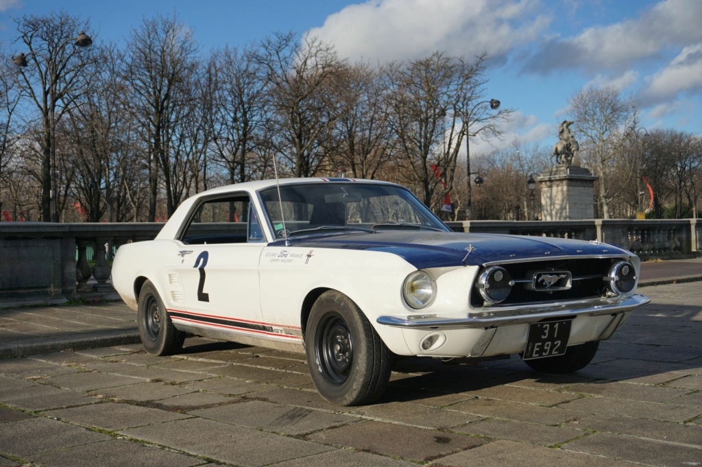 FORD MUSTANG GT 390 COUPE DE JOHNNY HALLYDAY ( 1967 ) 3980_139