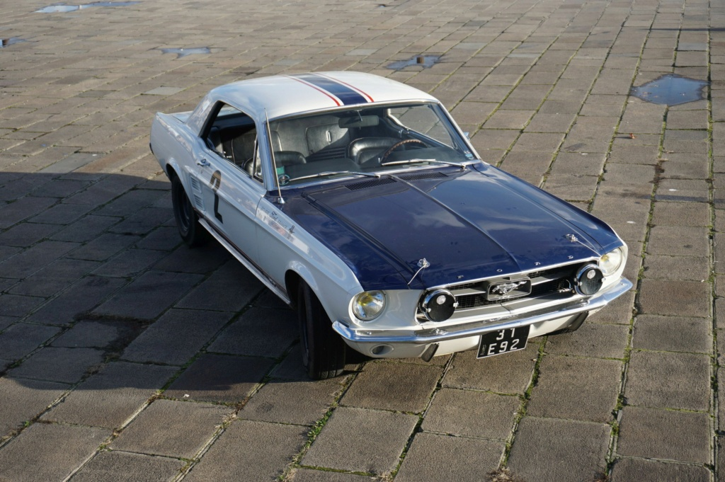 FORD MUSTANG GT 390 COUPE DE JOHNNY HALLYDAY ( 1967 ) 3980_143