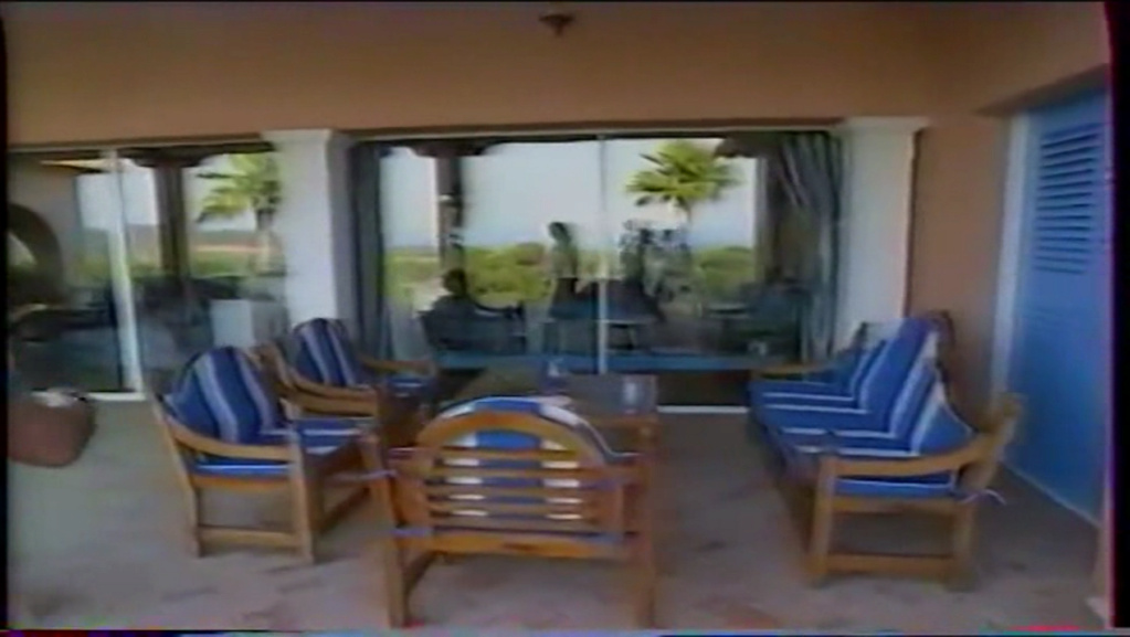 PROPRIETE OU A RESIDE JOHNNY HALLYDAY ( 2/10 ) 'LA LORADA' ( 1990-2000 ) 5510