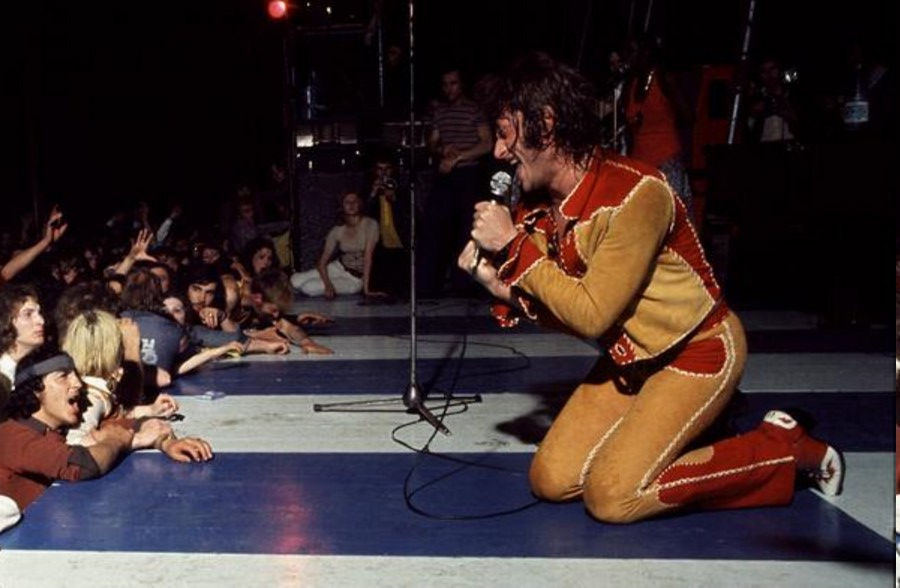 LES CONCERTS DE JOHNNY 'TOURNEE JOHNNY CIRCUS 1972' 72-g0111