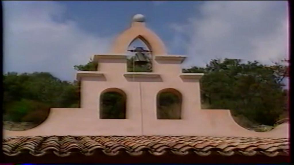 PROPRIETE OU A RESIDE JOHNNY HALLYDAY ( 2/10 ) 'LA LORADA' ( 1990-2000 ) 74b10