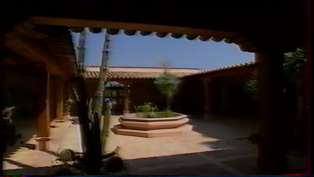 PROPRIETE OU A RESIDE JOHNNY HALLYDAY ( 2/10 ) 'LA LORADA' ( 1990-2000 ) 7510