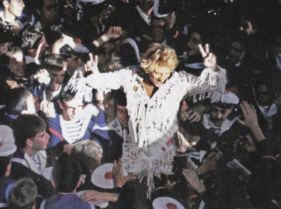LES CONCERTS DE JOHNNY 'PORTE-AVIONS ''FOCH'', TOULON 1979' 79_fch10