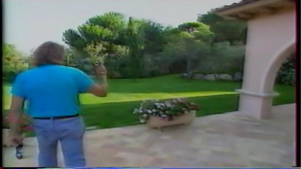 PROPRIETE OU A RESIDE JOHNNY HALLYDAY ( 2/10 ) 'LA LORADA' ( 1990-2000 ) 9410