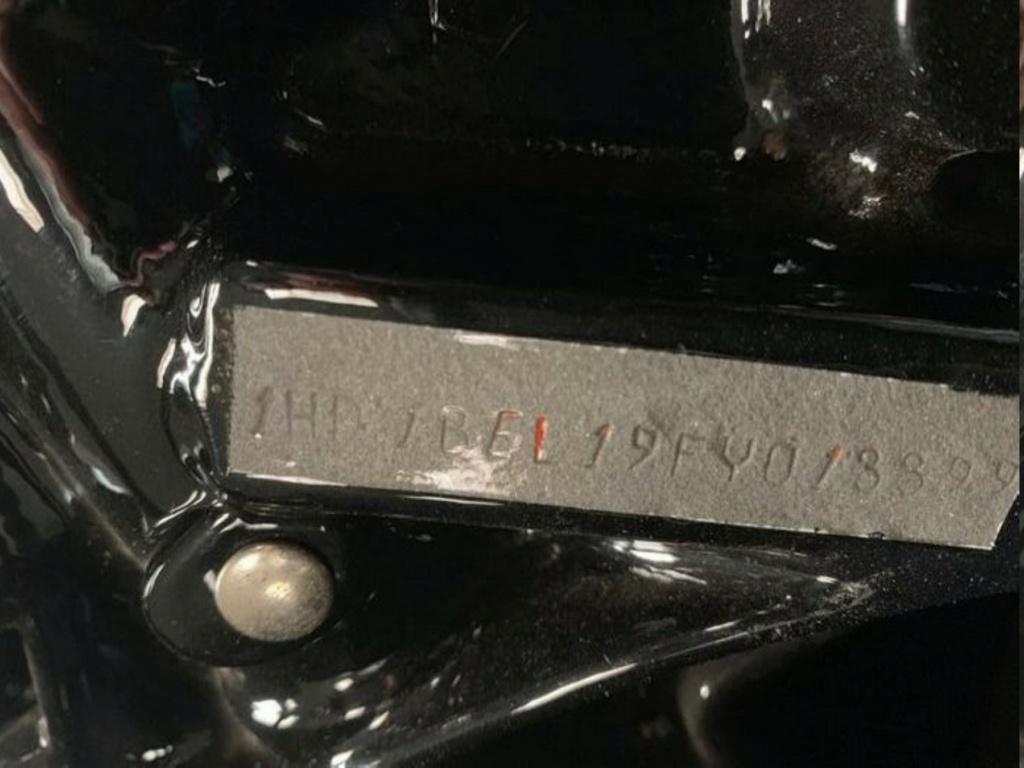 HARLEY-DAVIDSON FXWG WIDE GLIDE 85 DE JOHNNY HALLYDAY ( 1989 ) 998c6010