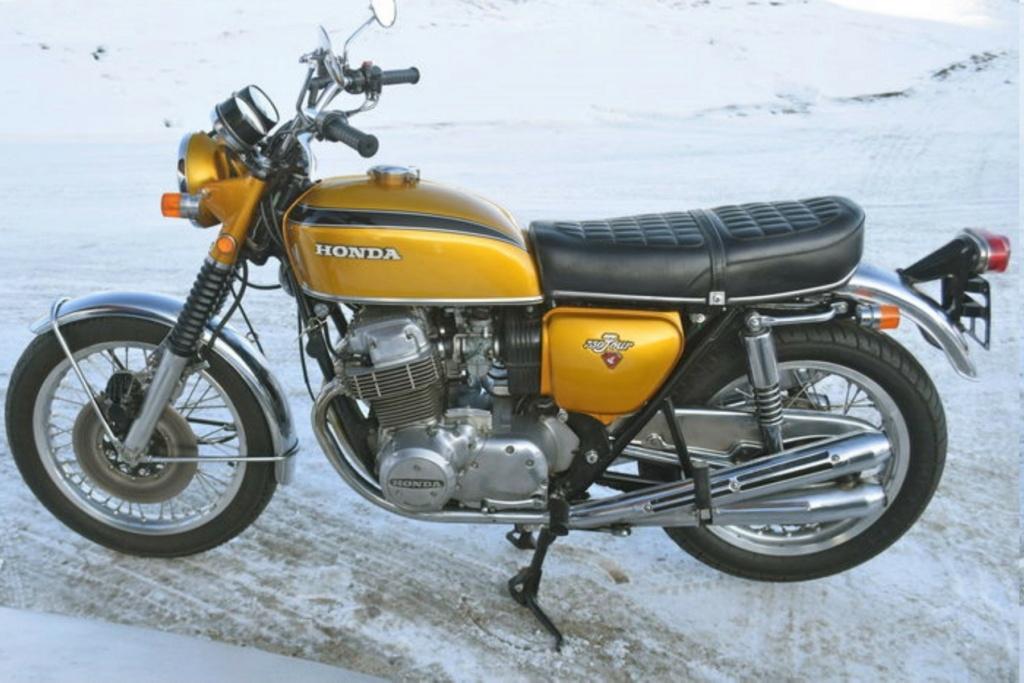 HONDA CB 750 K1 DE JOHNNY HALLYDAY ( 1970 ) 9ac75e10
