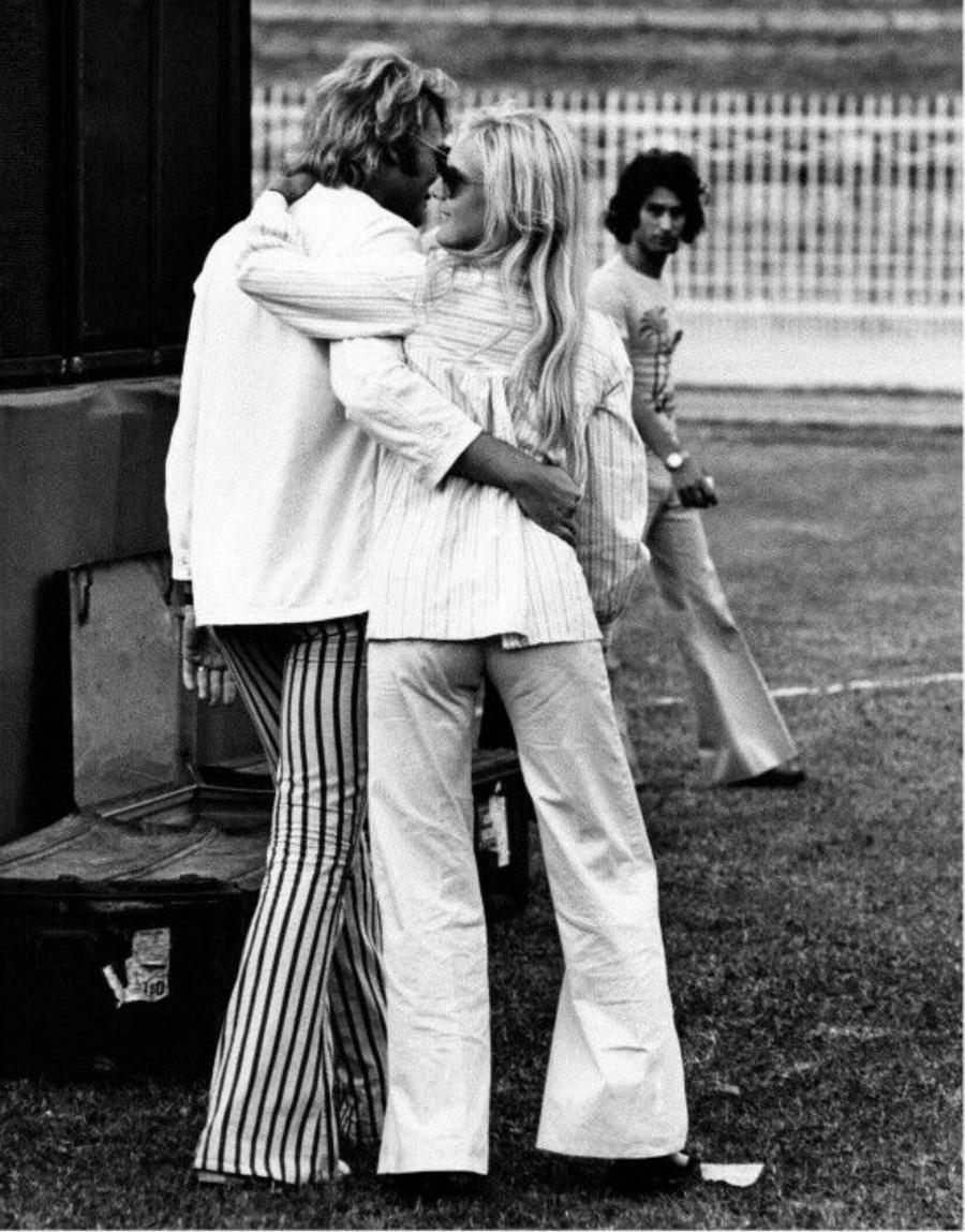 LES CONCERTS DE JOHNNY 'MILAN, ITALIE 1973' A8646c10