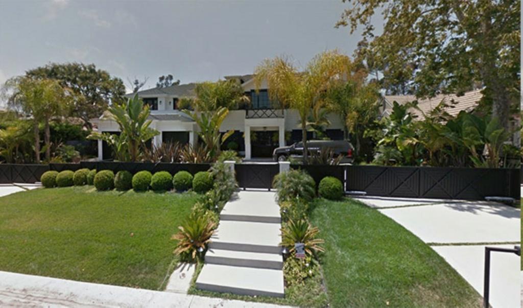 PROPRIETE OU A RESIDE JOHNNY HALLYDAY ( 4/10 ) 'LOS ANGELES' ( 2010-2021 ) Adress10