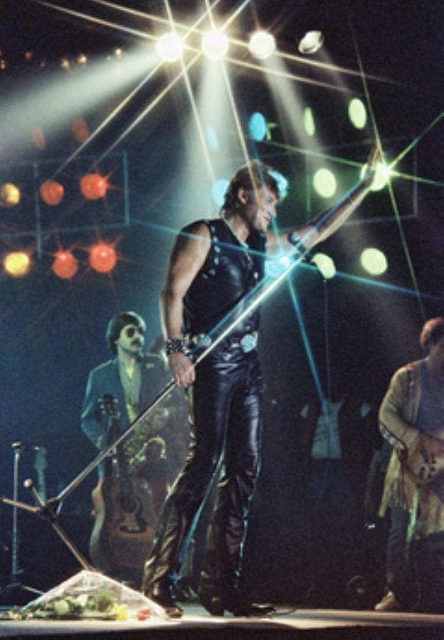 LES CONCERTS DE JOHNNY 'NANCY 1983' Akg77194