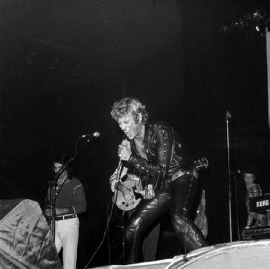 LES CONCERTS DE JOHNNY 'HIPPODROME DE PANTIN 1981' Akg77730