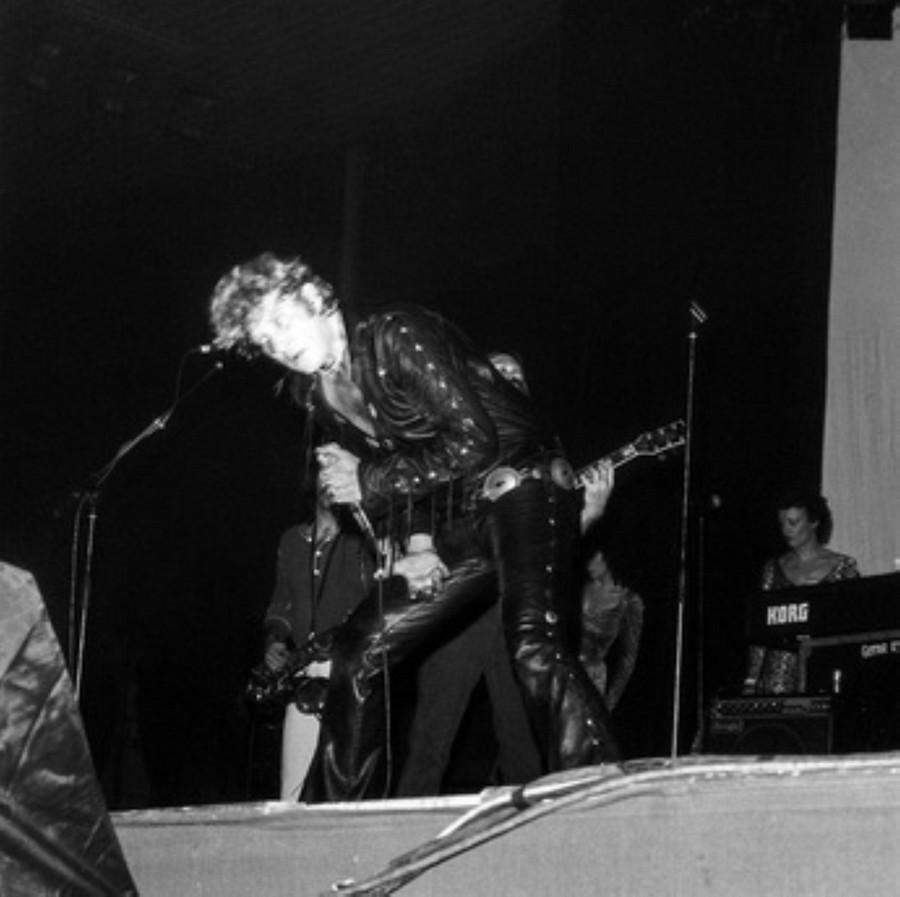 LES CONCERTS DE JOHNNY 'HIPPODROME DE PANTIN 1981' Akg77731