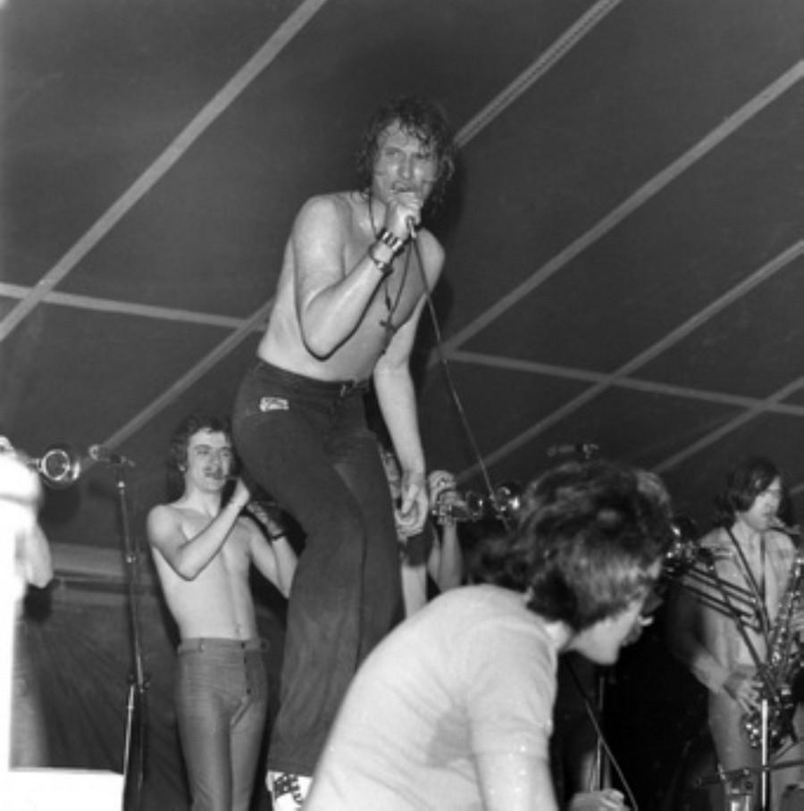 LES CONCERTS DE JOHNNY 'TOURNEE JOHNNY CIRCUS 1972' Akg89017