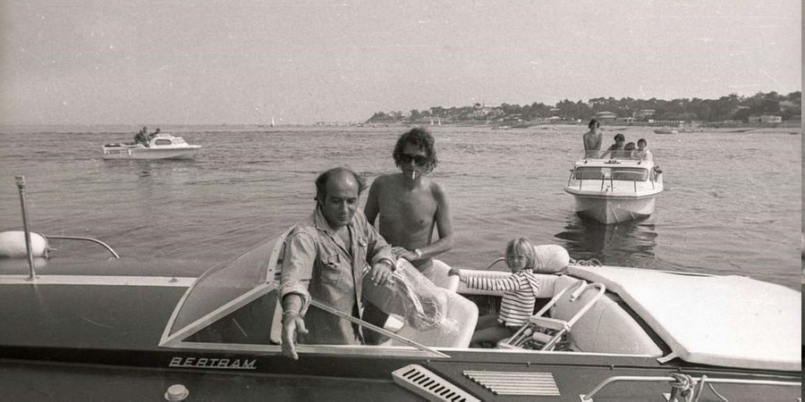 LES BATEAUX DE JOHNNY HALLYDAY 'BERTRAM' ( 1975 ) Aout-111