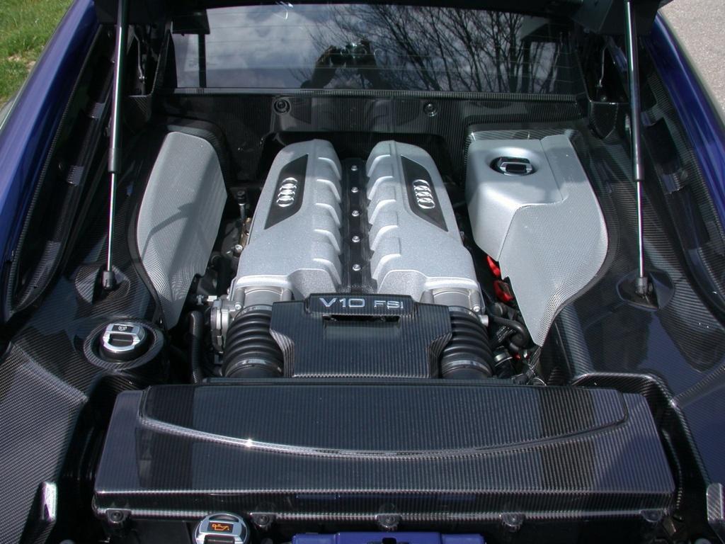 AUDI R8 DE JOHNNY HALLYDAY ( 2009 ) Audi-r13