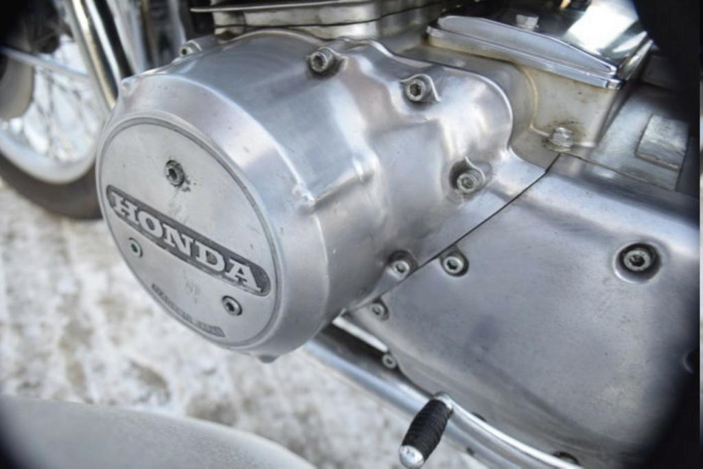 HONDA CB 750 K1 DE JOHNNY HALLYDAY ( 1970 ) B7861510