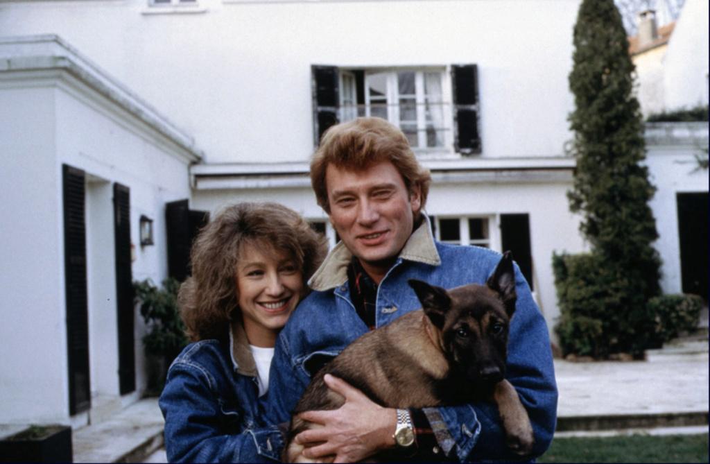 PROPRIETE OU A RESIDE JOHNNY HALLYDAY ( 5/10 ) 'L'ETANG LA VILLE' ( 1982-1986 ) Captu169