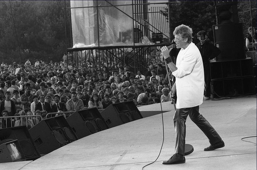 LES CONCERTS DE JOHNNY 'FETE DE L'HUMANITE, LA COURNEUVE 1985' Captu336