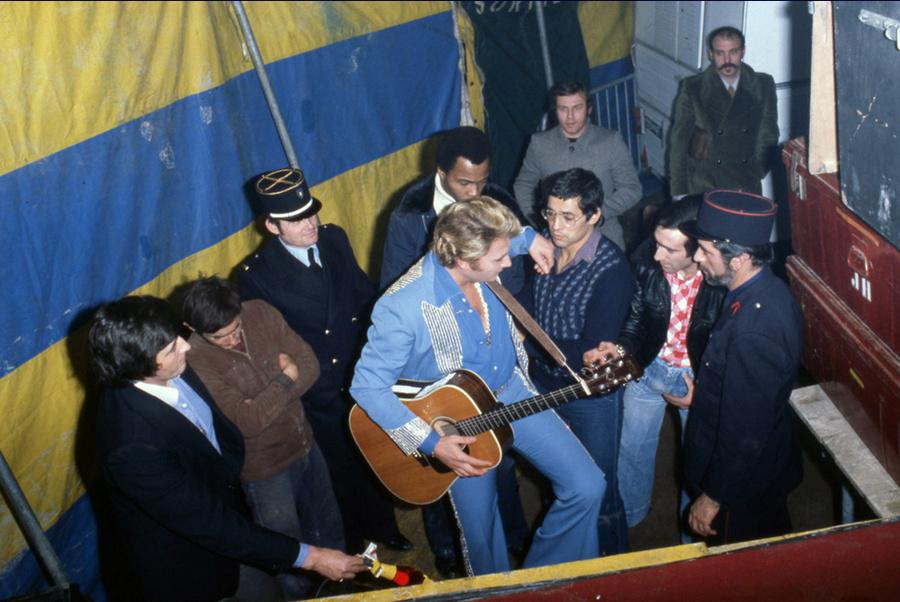 LES CONCERTS DE JOHNNY 'AUXERRE 1978' Captu430