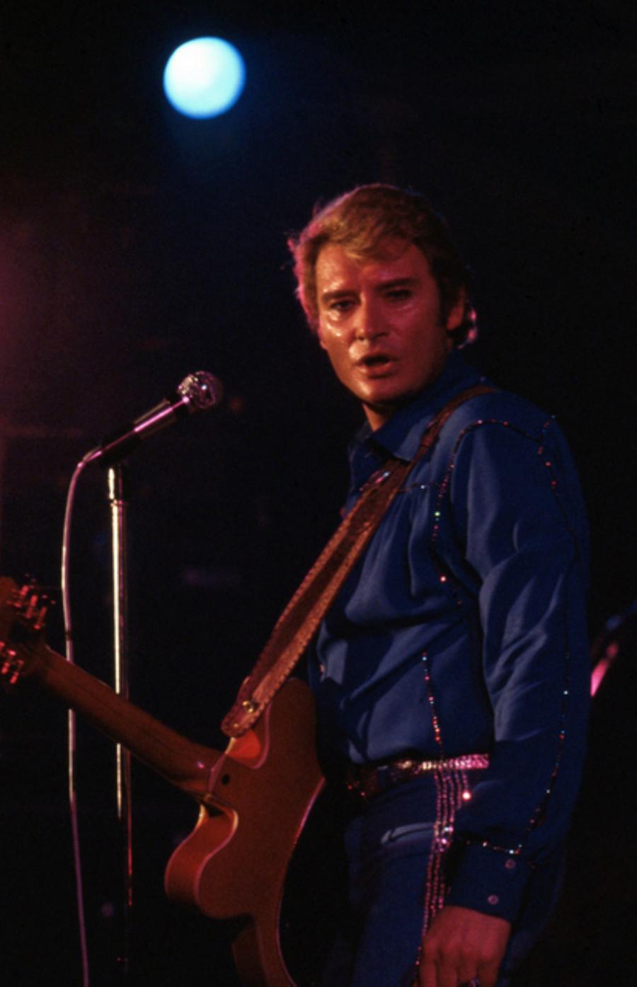 LES CONCERTS DE JOHNNY 'AUXERRE 1978' Captu443