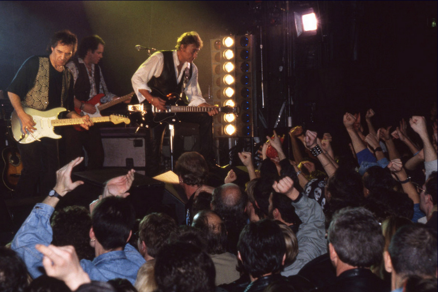 LES CONCERTS DE JOHNNY 'LA CIGALE, PARIS 1994' Captu495