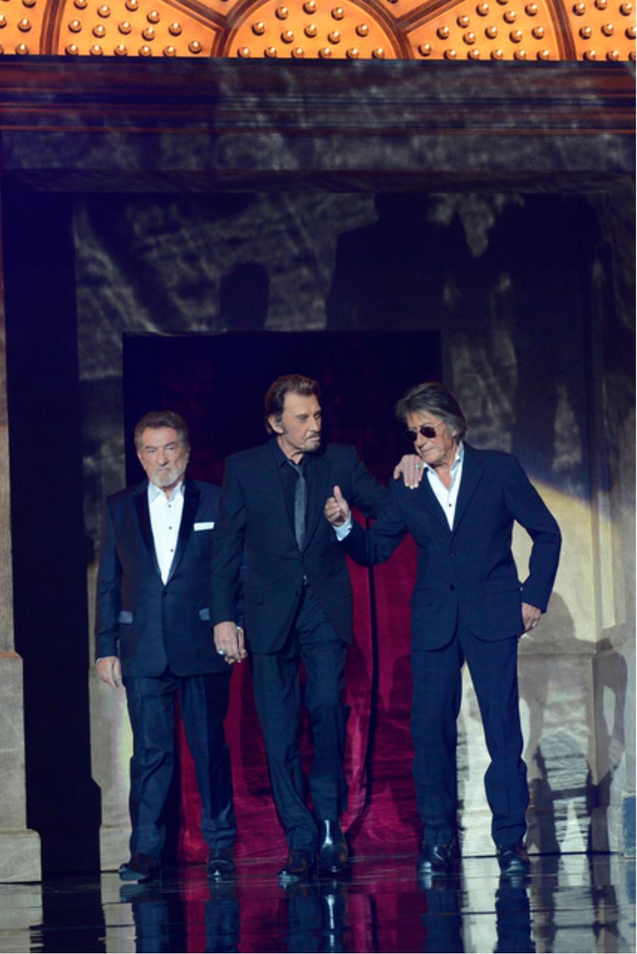 LES CONCERTS DE JOHNNY 'LES VIEILLES CANAILLES - 'PARIS 2014' Captu523