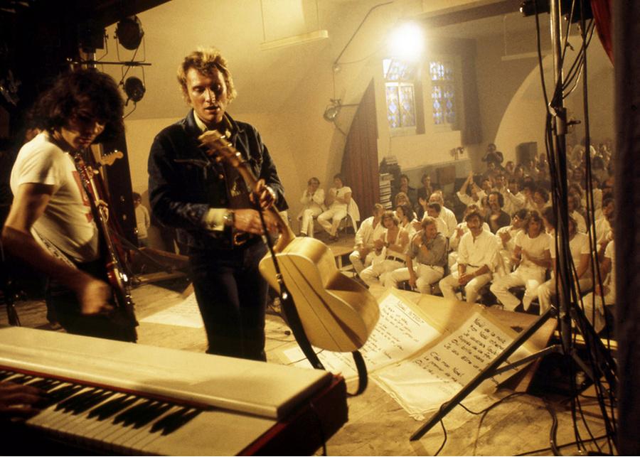 LES CONCERTS DE JOHNNY 'PRISON DE BOCHUZ, SUISSE 1974' Captur99
