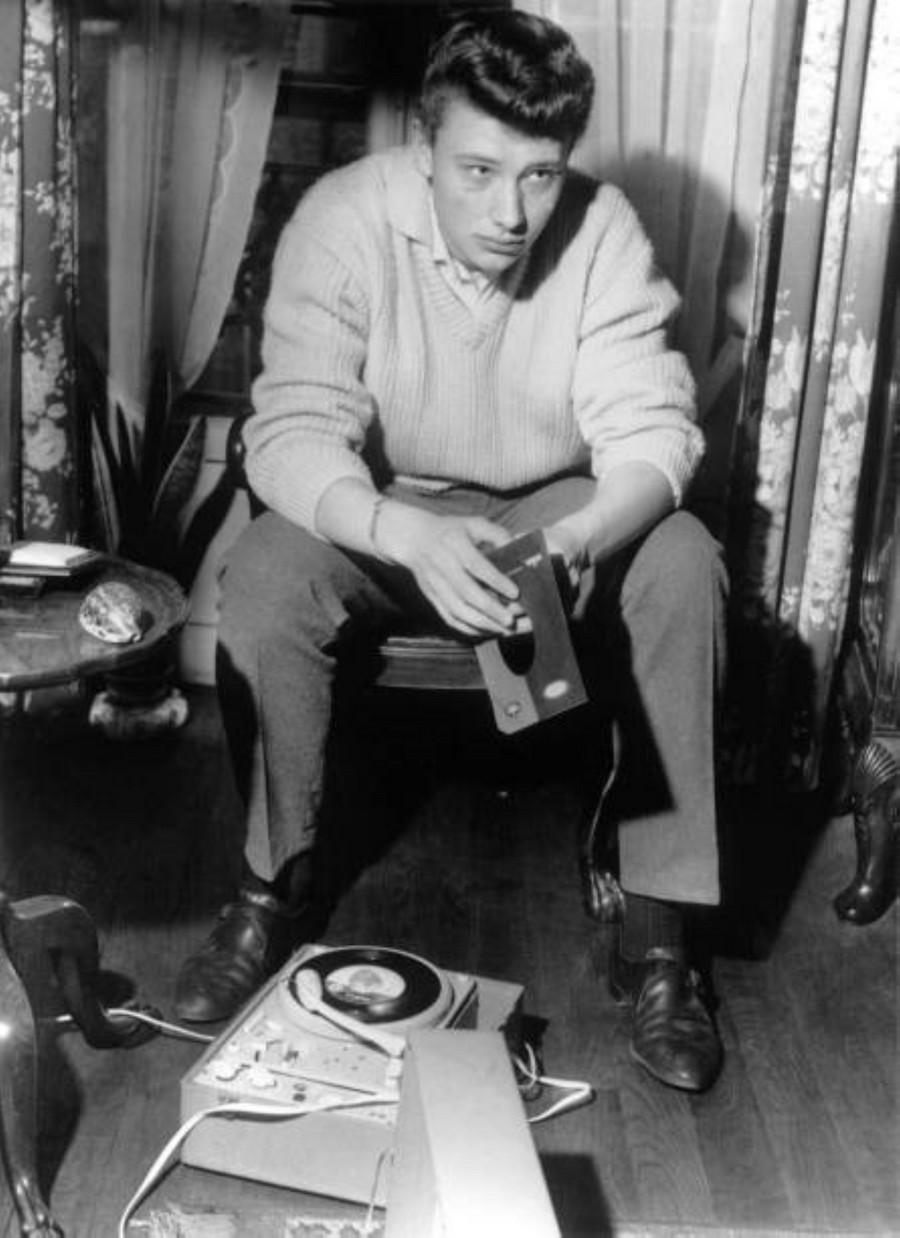LES CONCERTS DE JOHNNY 'AU VIEUX COLOMBIER, JUAN LES PINS 1960' Getty677
