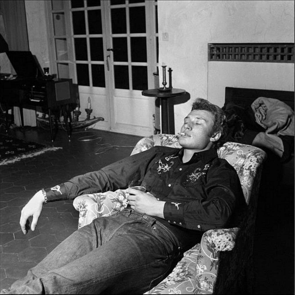 PROPRIETE OU A RESIDE JOHNNY HALLYDAY 'GROSROUVRE ( 1963-1965 ) Gettyi61