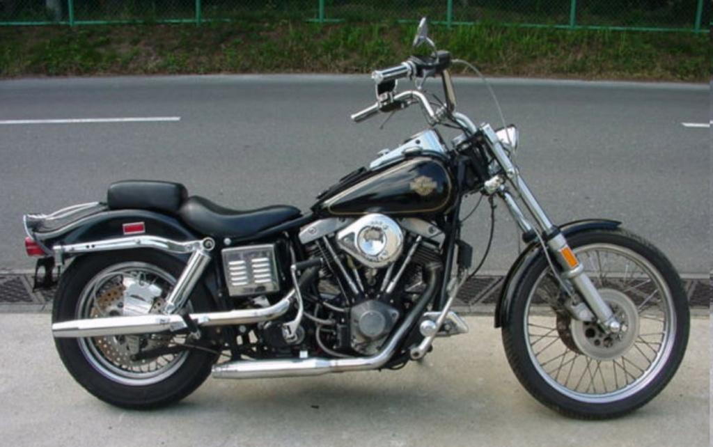 HARLEY-DAVIDSON FXWG WIDE GLIDE 85 DE JOHNNY HALLYDAY ( 1989 ) Harley24