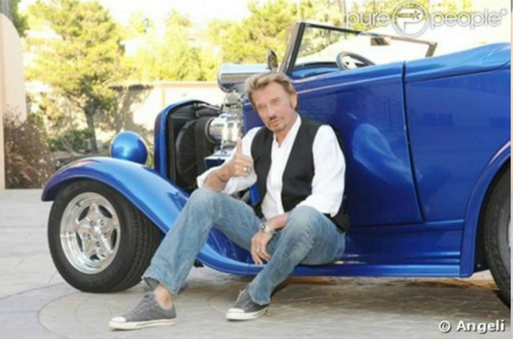 HOT ROD BLEU ELECTRIQUE DE JOHNNY HALLYDAY ( 2008 ) I2828810