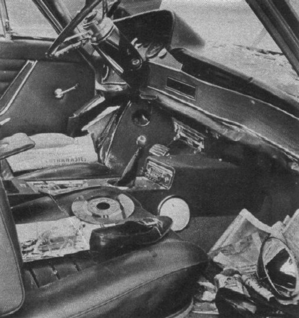CITROËN DS 21 PALLAS DE JOHNNY HALLYDAY ( 1969 ) I2828826