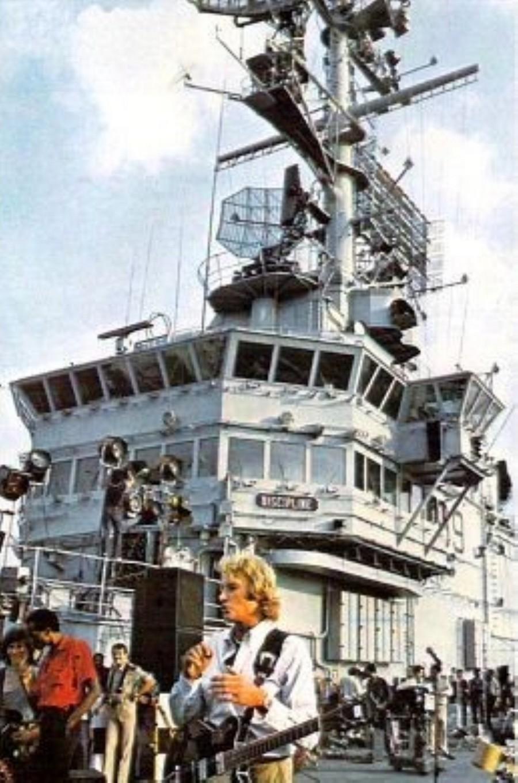 LES CONCERTS DE JOHNNY 'PORTE-AVIONS ''FOCH'', TOULON 1979' Img91010