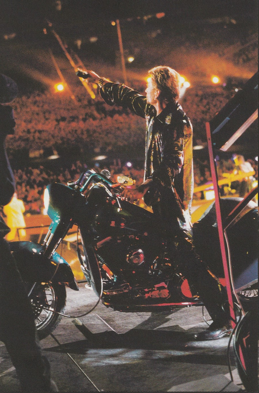 LES CONCERTS DE JOHNNY 'STADE DE FRANCE, SAINT-DENIS 1998' Img_2378