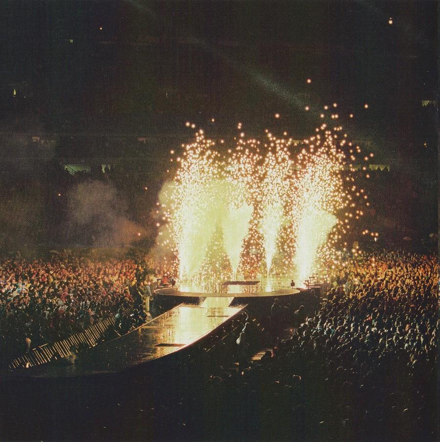 LES CONCERTS DE JOHNNY 'STADE DE FRANCE, SAINT-DENIS 1998' Img_2400