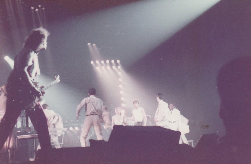 LES CONCERTS DE JOHNNY 'ZENITH 1985' ( JANVIER )( INEDIT ) Img_2511