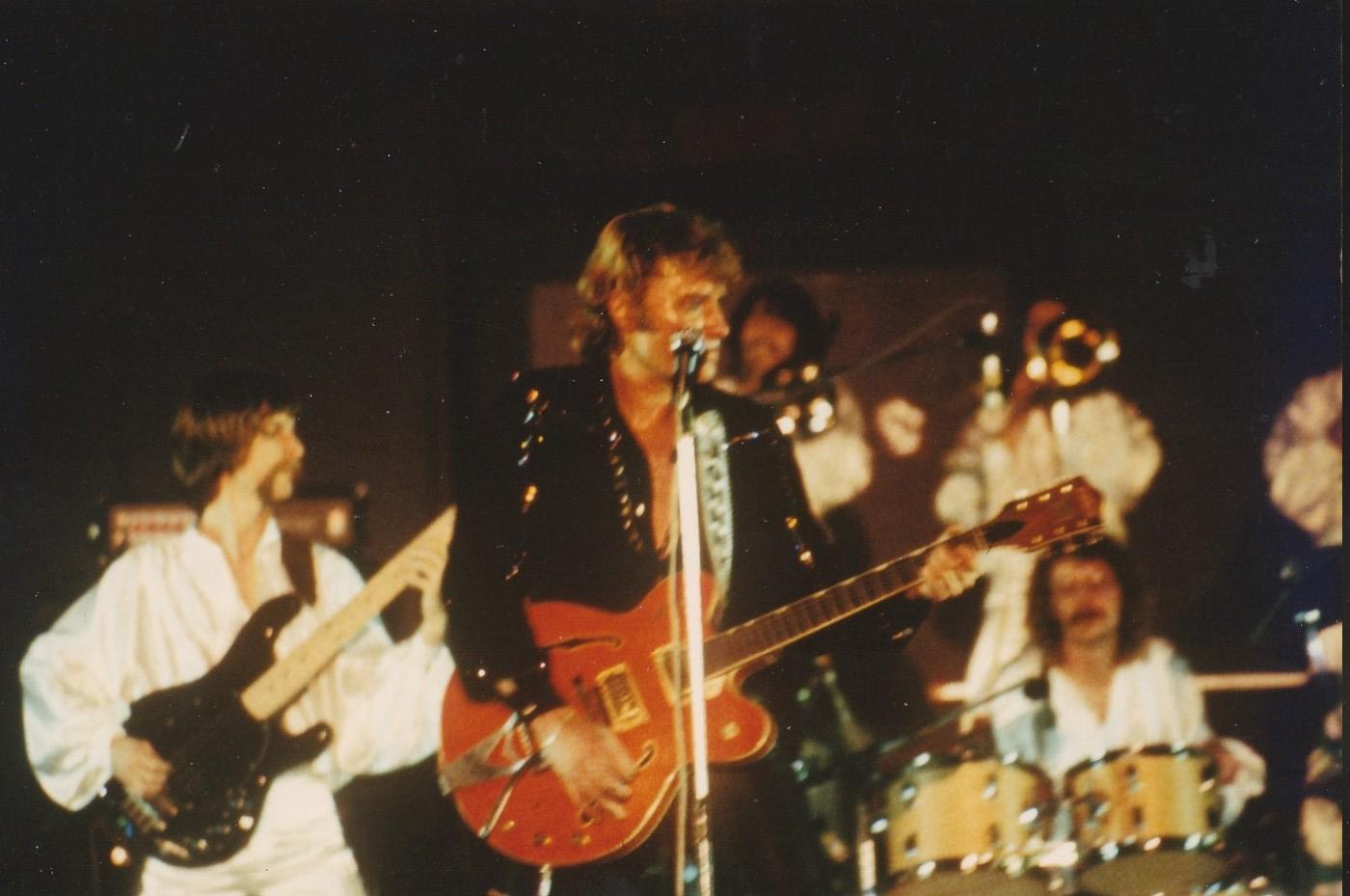 INÉDIT  :  JOHNNY HALLYDAY EN TOURNEE - HIVER 1978 -1979 ( PHOTOS INÉDITES )   Img_2631