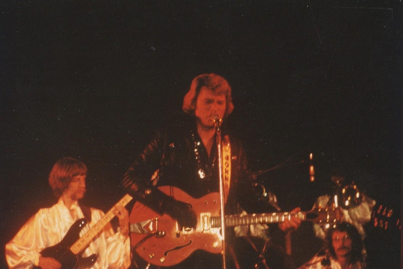 INÉDIT  :  JOHNNY HALLYDAY EN TOURNEE - HIVER 1978 -1979 ( PHOTOS INÉDITES )   Img_2633
