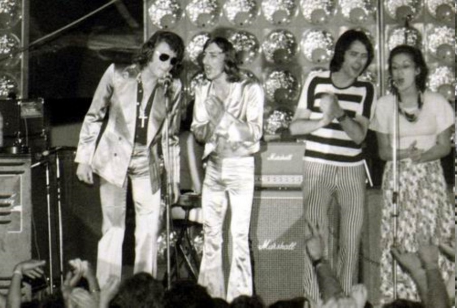 LES CONCERTS DE JOHNNY 'TOURNEE JOHNNY CIRCUS 1972' Jc0512