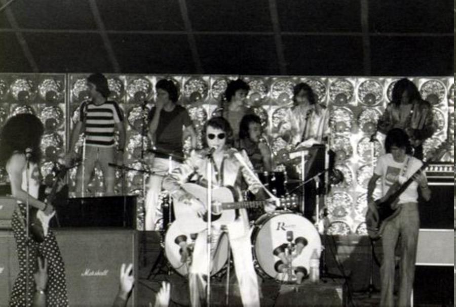 LES CONCERTS DE JOHNNY 'TOURNEE JOHNNY CIRCUS 1972' Jc0711