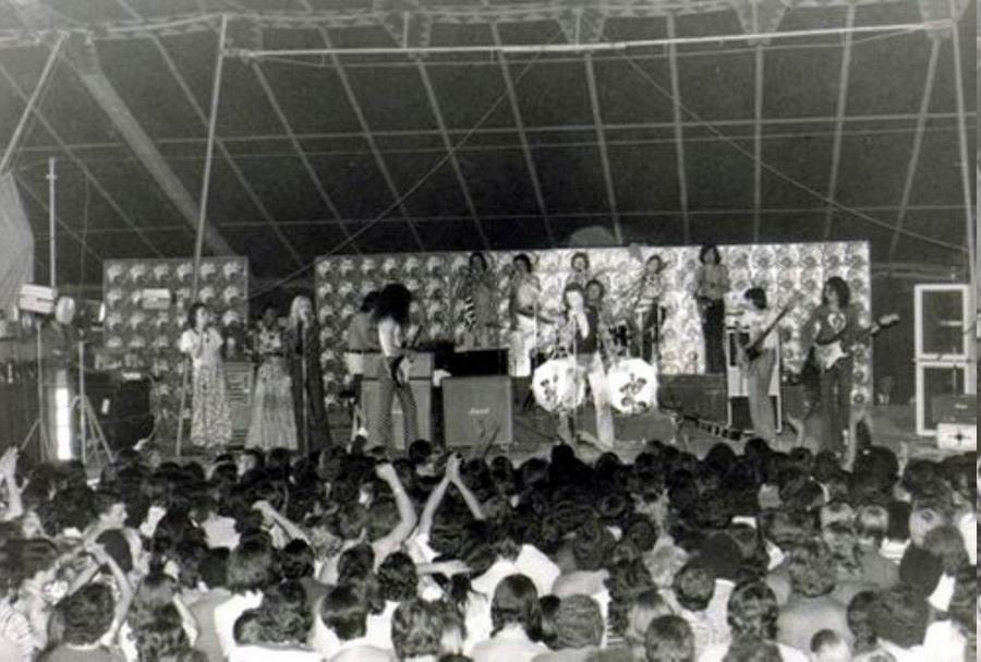 LES CONCERTS DE JOHNNY 'TOURNEE JOHNNY CIRCUS 1972' Jc1011